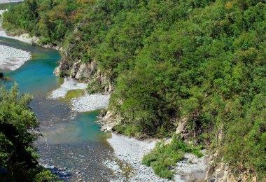 Apennin Überquerung: Blick auf die Trebbia
