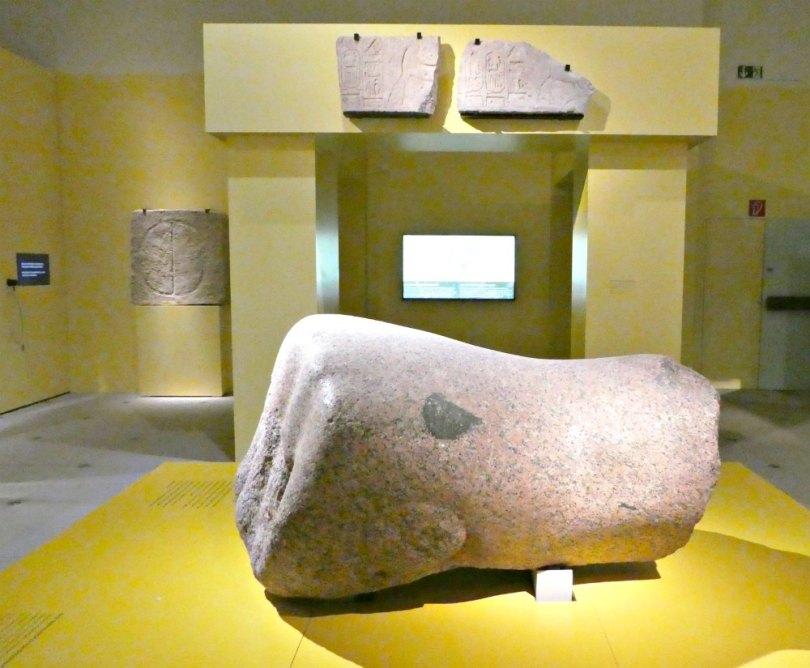 Ramses Ausstellung: Riesige Faust