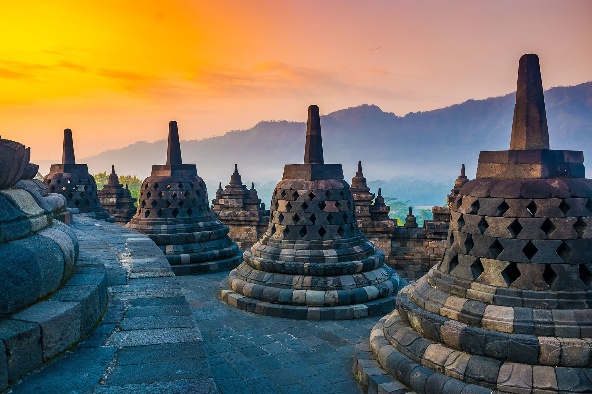 Fascinating Tales and Facts About Borobudur Temple of Indonesia