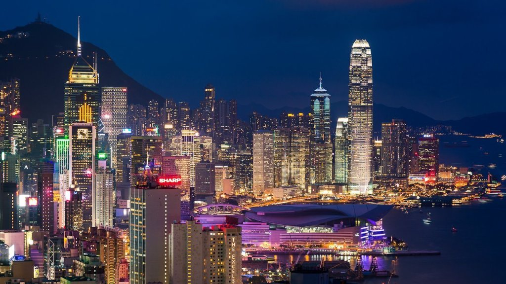 Top 10 Tourist Attractions in Hong Kong