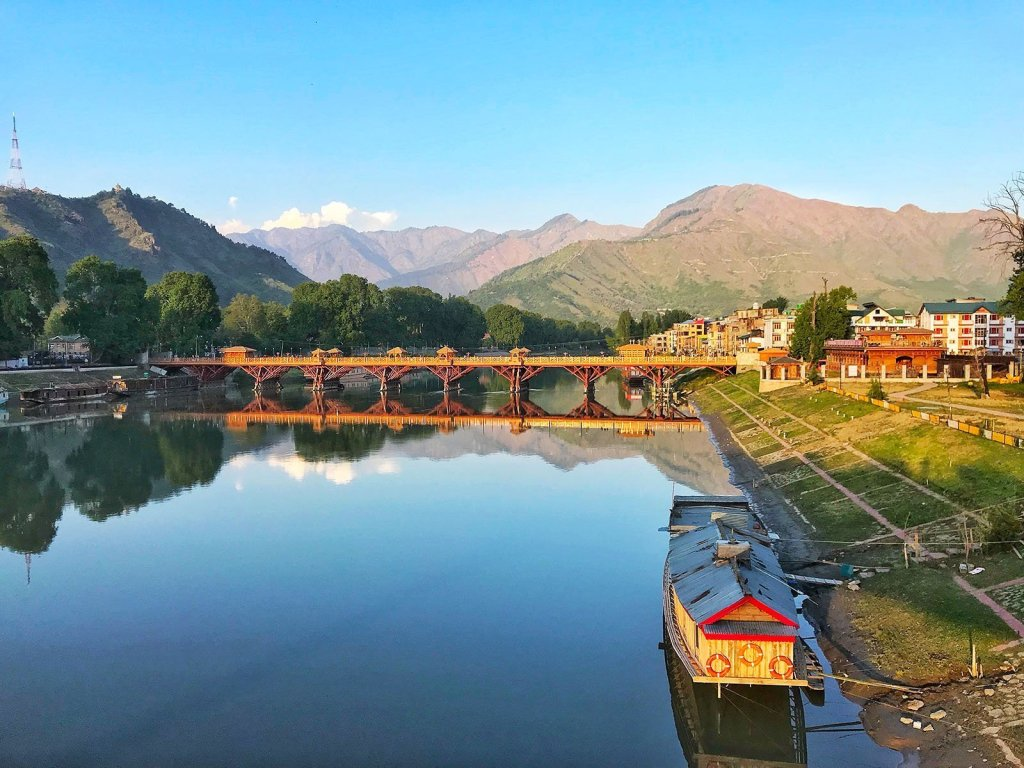 Top 5 Things to Do in Srinagar, India