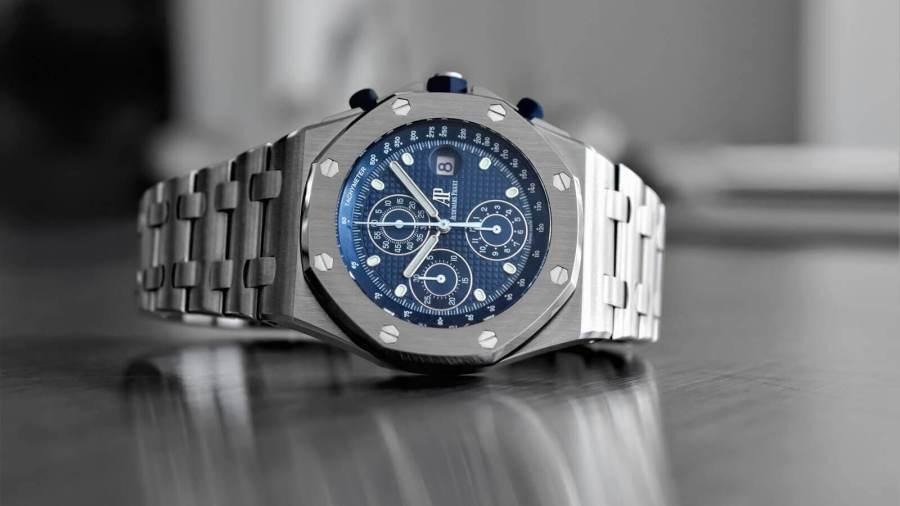 Audemars Piguet Royal Oak Offshore Selfwinding: watch industry