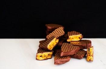 033 Honeycomb Slider
