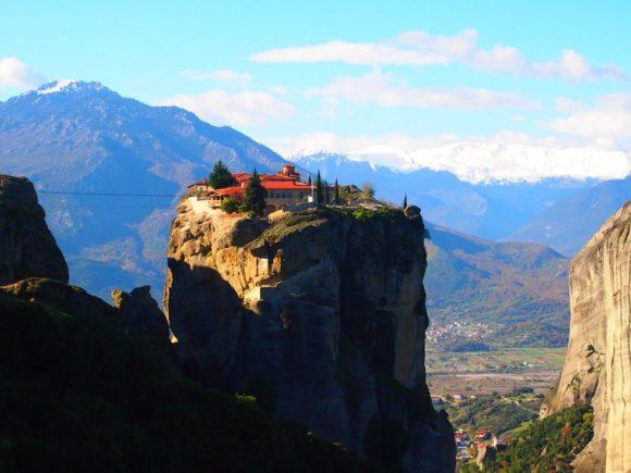 Monasterio de la Santísima Trinidad - MONASTERIOS METEORA. Destinos de Grecia que te cautivaran este 2019