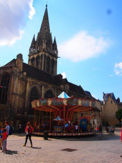 Guia de viaje caen normandia francia calvados