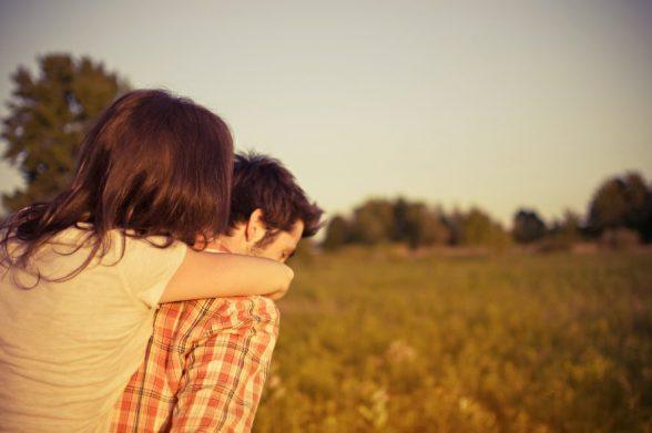 100 señales eres adicto a los viajes pareja
