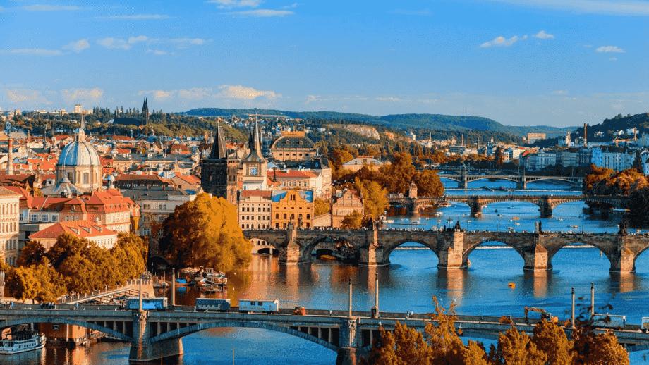 【GUÍA 2020】 10 cosas que debes conocer antes de viajar a Praga