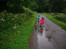 Puddle jumping 016