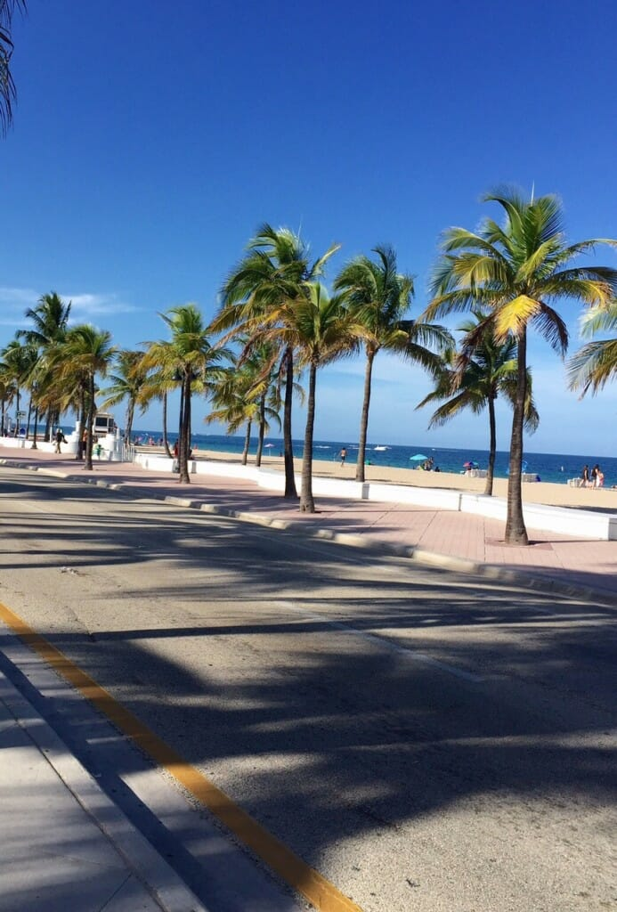 Welcome To Ft. Lauderdale! Reviewing The Beach And