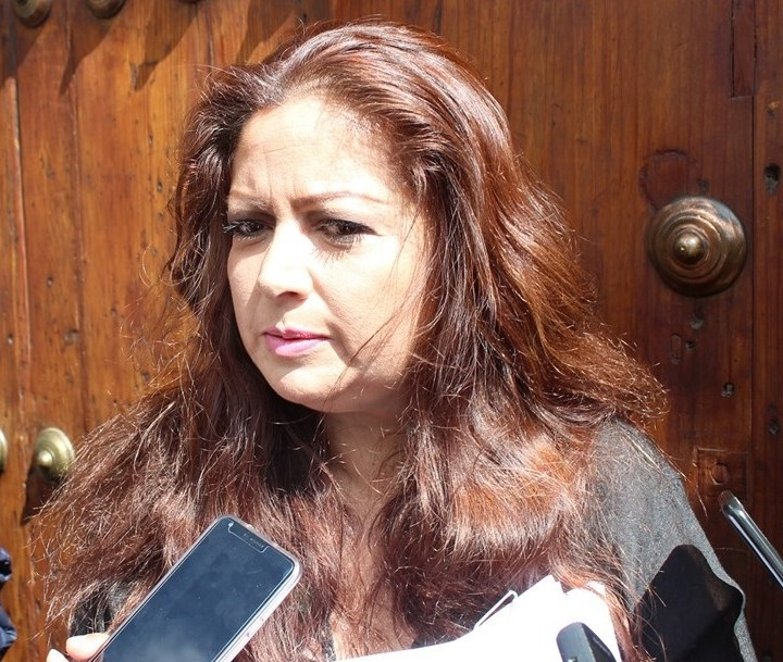 Denuncian irregularidades del Gobierno en licitación de placas para Tlaxcala.