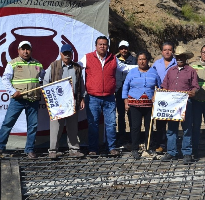 Obra pública histórica ejecutada en Tzompantepec sigue beneficiando a familias