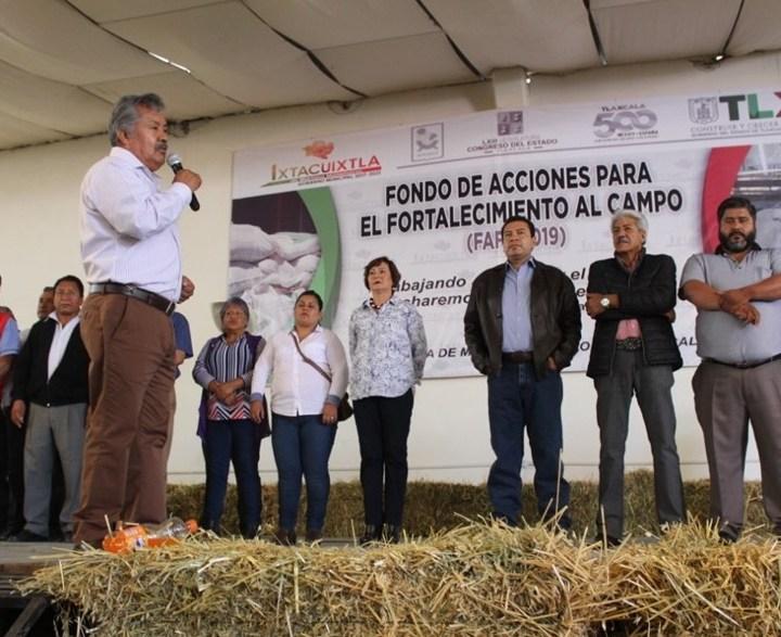 Entregan en Ixtacuixtla apoyos del Fondo de Acciones para el Fortalecimiento al Campo.