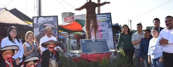 Zacatelco conmemora a chivarrudos con placa y monumento