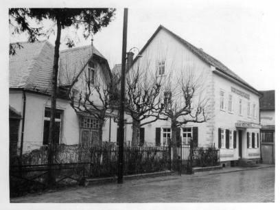 Gasthaus zur Krone und Saal Lanz, 1940er Jahre. Foto von R. Wick