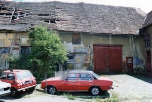 Innenhof des ehemaligen Seybert'schen Stellhofes, Mai 1987. Foto: Günter Seybert