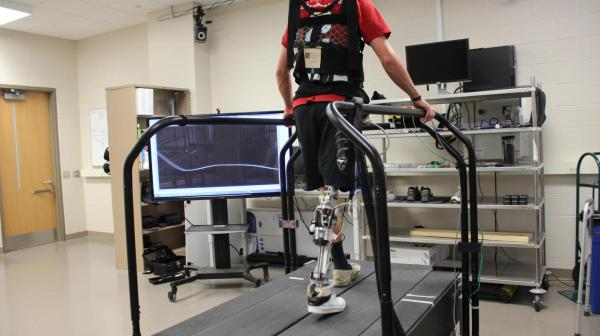 Tech Automatically 'tunes' Powered Prosthetics