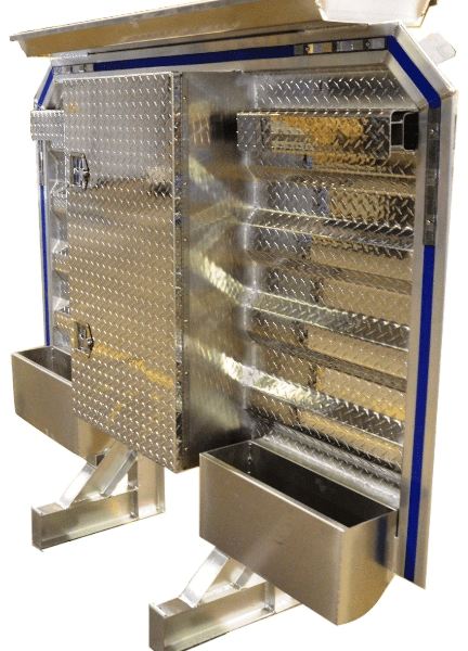 cab rack with center enclosure and tarp tray 2 chain hangers 2 trays 68 by 80 inches