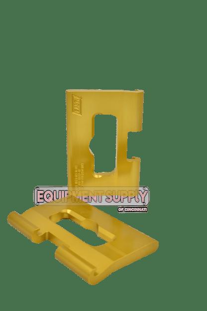 East J-Hook Gold