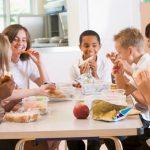 Por que minha escola deve investir na educação alimentar dos alunos?