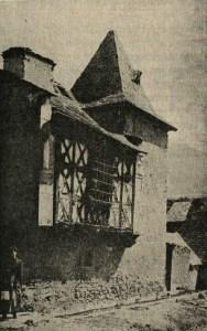 Maisons à pans de bois - La maison du procureur à Guchen en vallée d'Aure - photo du livre de François Marsan