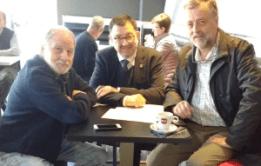 Antòni Nogués signe un accorsi avec l'Institut d'Estudis Aranés