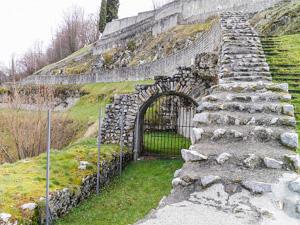 Les ruines du théâtre de Lugdunum Convenarum