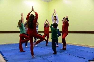 Yoga - Profª Melissa