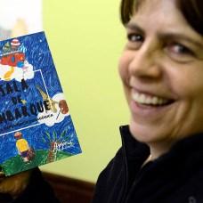 Katia Bassettie e o livro Sala de Embarque