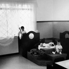 Sala do maternal da primeira sede da escola