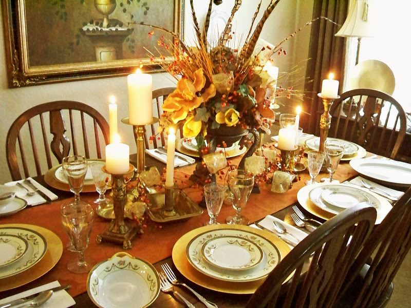 & Setting the Thanksgiving Table | Escondido Grapevine