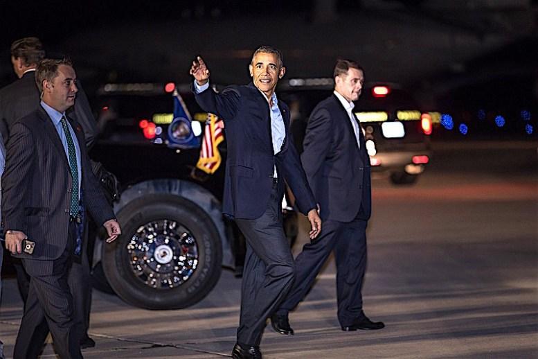 President Obama on the MCAS/Miramar tarmac/MILAN KOVACEVIC