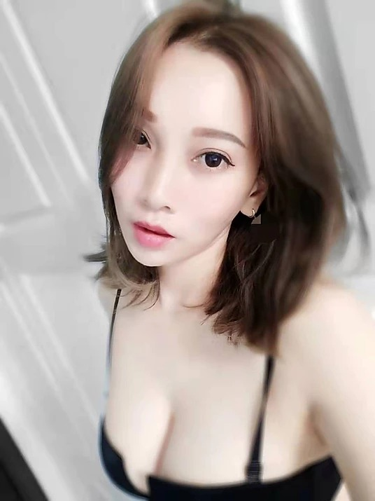 Kuantan Escort Girl – May – China Model