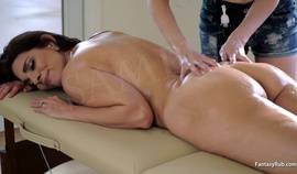 Teen Gives A Hot Massage