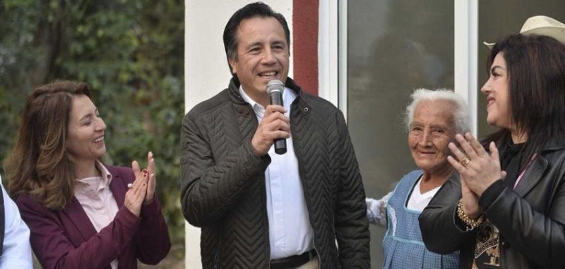 Familias de Chiltoyac son beneficiadas con vivienda digna: Gobernador Cuitláhuac García