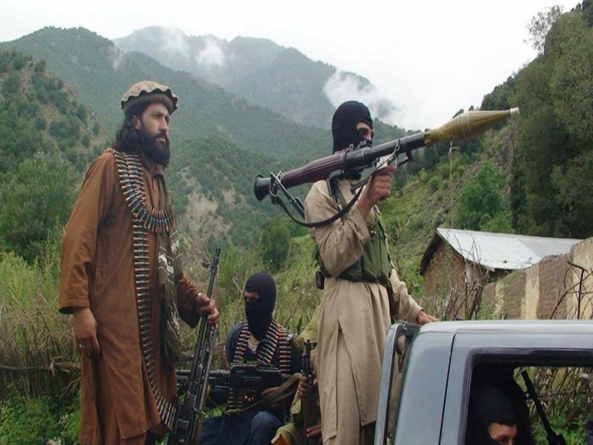 'SI CREAN GUERRA, HABRÁ REPRESALIAS': TALIBANES AVISAN AL ESTADO ISLÁMICO
