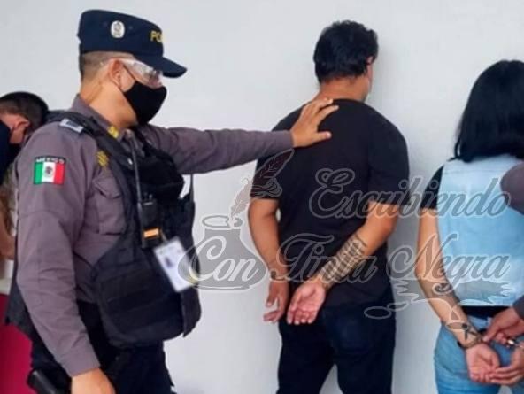CAPTURA POLICÍA DEL IPAX A PAREJA DE LADRONES