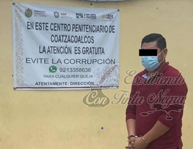 DETIENEN A TRABAJADOR DE PEMEX POR ABUSAR DE SU HIJASTRA