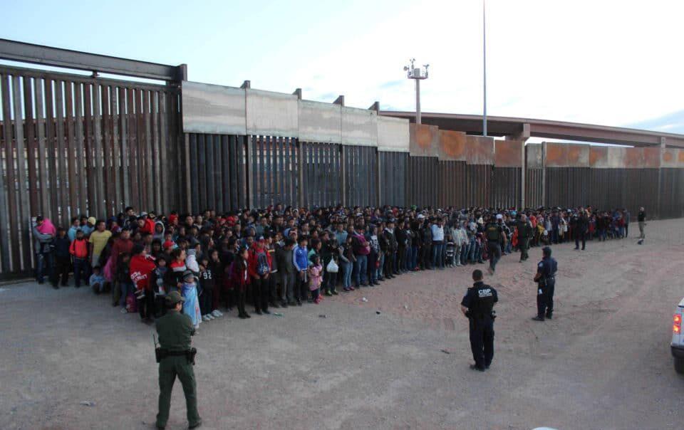 MÉXICO Y ESTADOS UNIDOS BUSCARÁN SOLUCIÓN AL TEMA MIGRATORIO