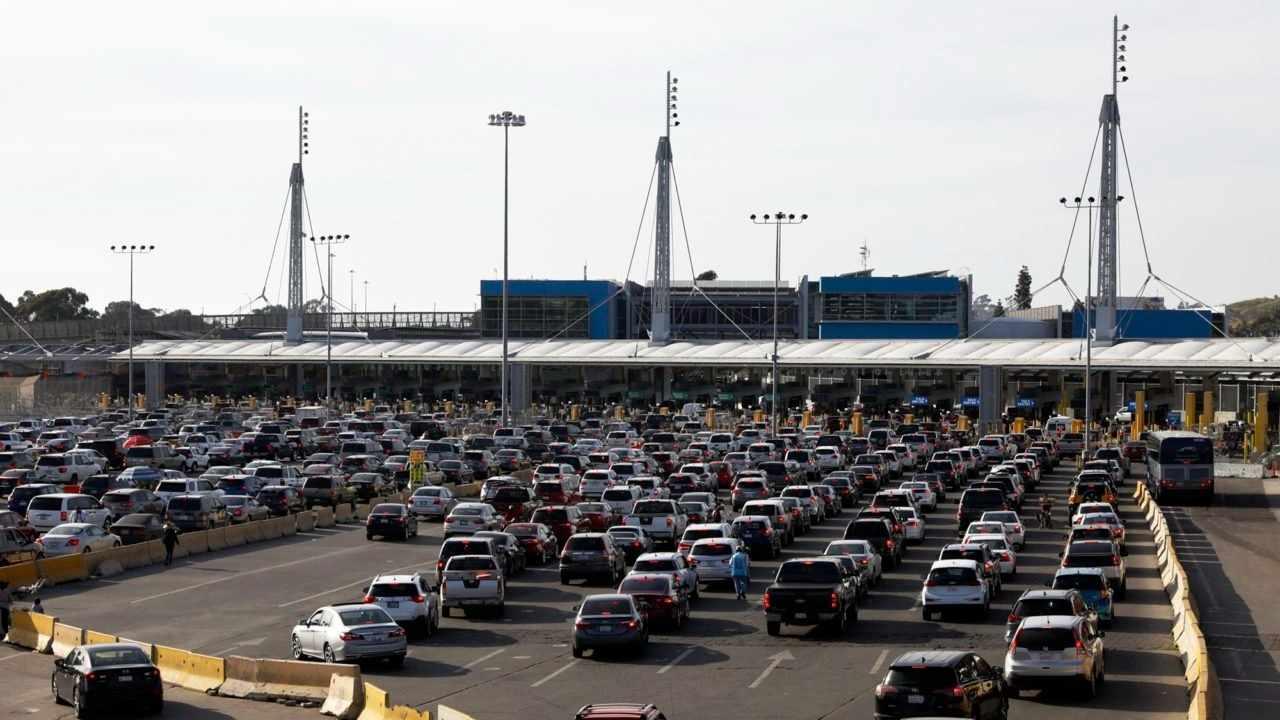 NIVEL DE VACUNACIÓN ANTICOVID EN MÉXICO, ESENCIAL PARA REAPERTURA DE FRONTERA CON EU: EBRARD