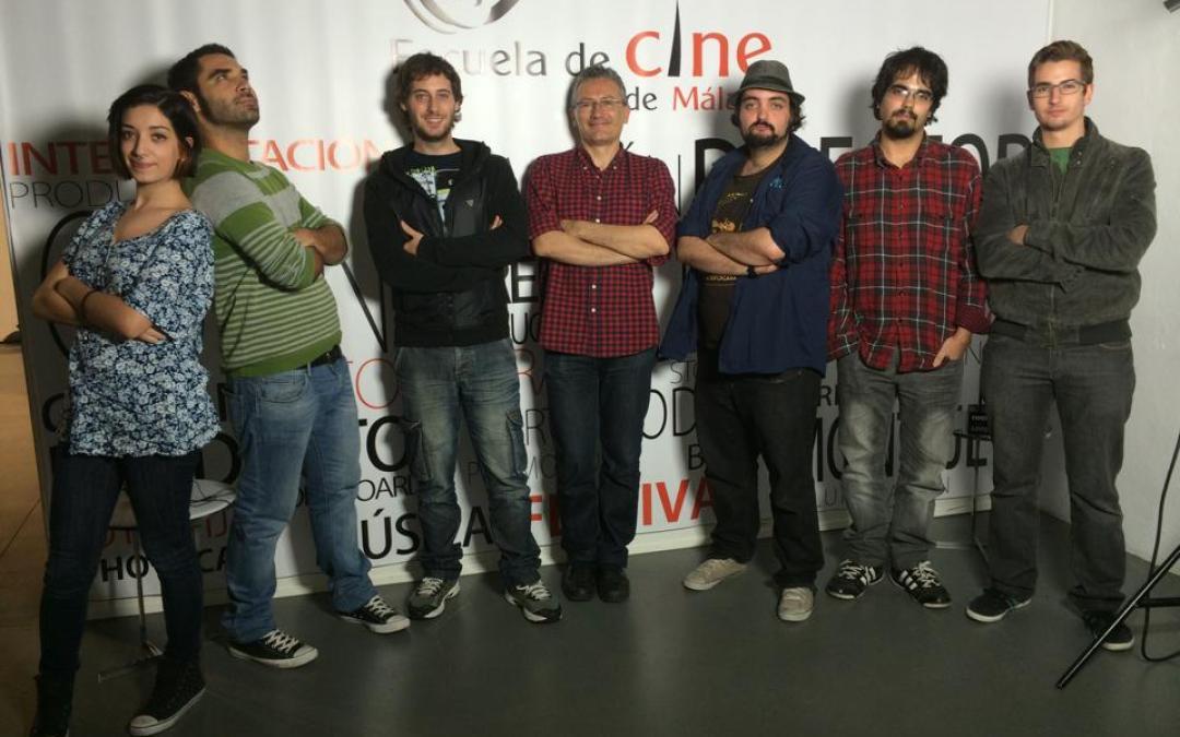 Los alumnos inmersos en la Masterclass del guionista Carlos López