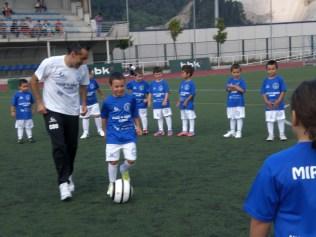 Escuela de futbol villa de ermua 132