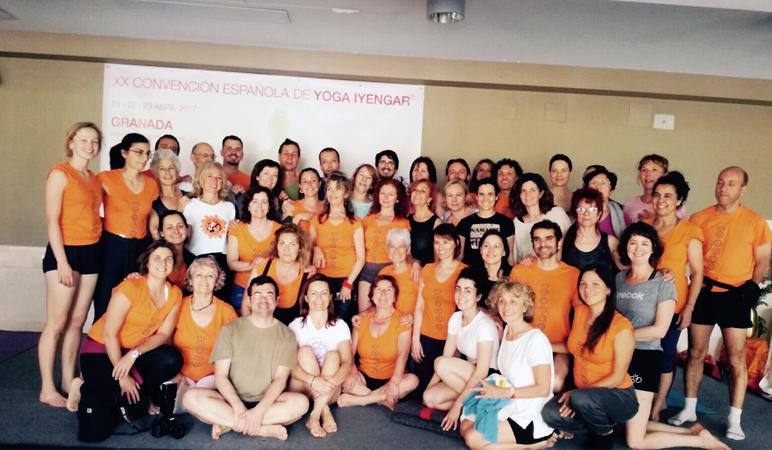 XX Convección Española de Yoga IYENGAR EN GRANADA CON BOBBY CLENNELL