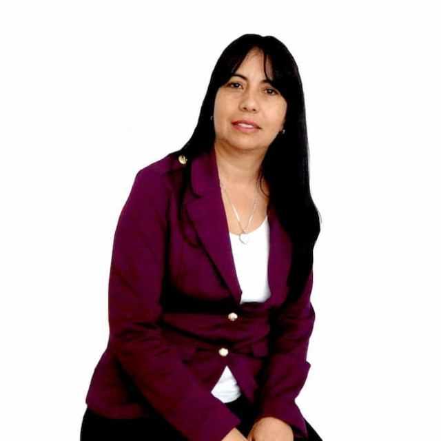 Martha Mora