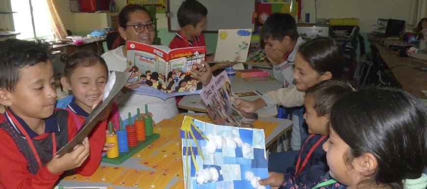 Los niños del campo aprenden con el proyecto 'Escuela Nueva', implementado por el Gobierno de los Ciudadanos