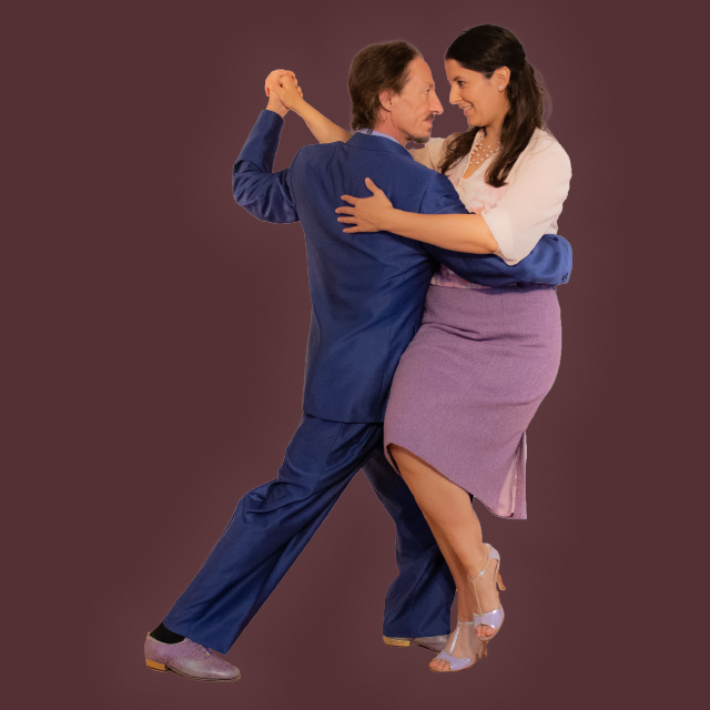 Marcelo Solis and Mimi Mehaouchi dancing Argentine Tango at a class.