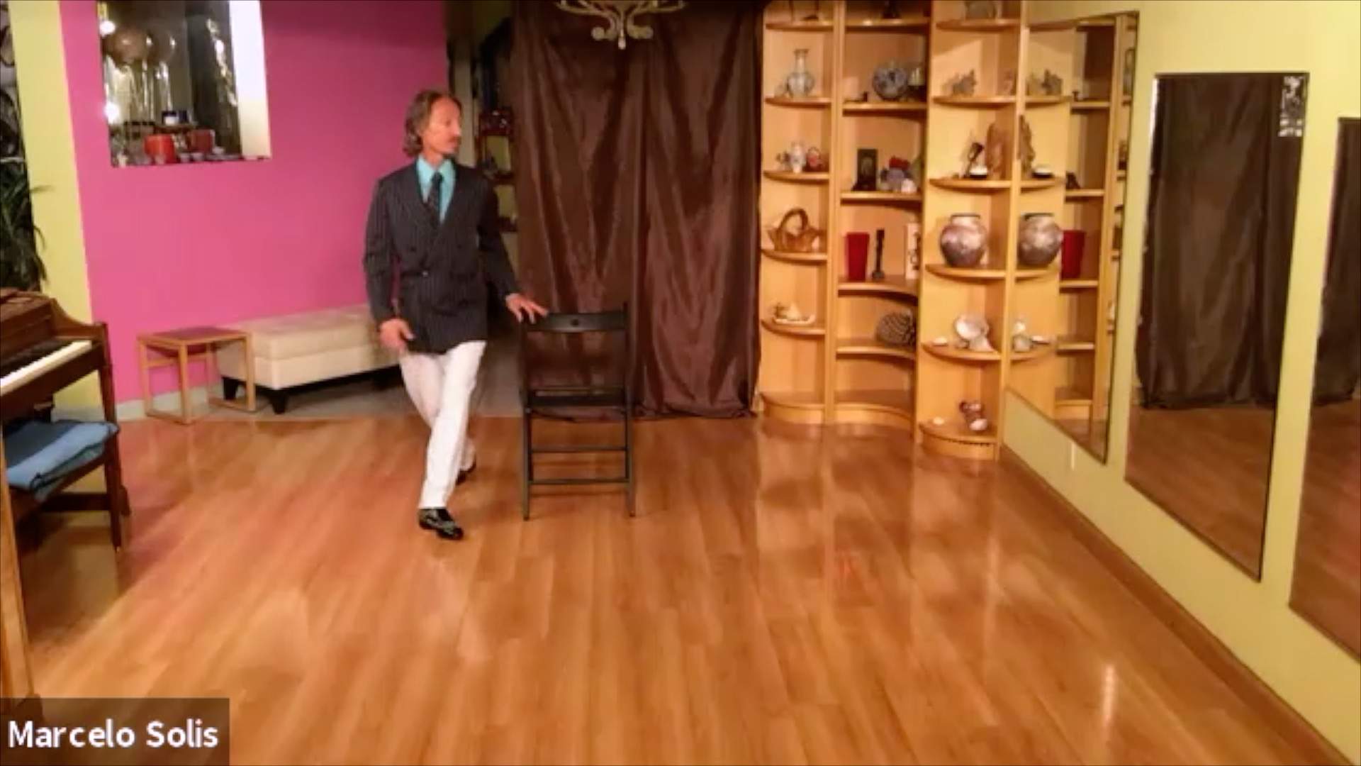Argentime Tango class: chair exercise with ochos with Marcelo Solis