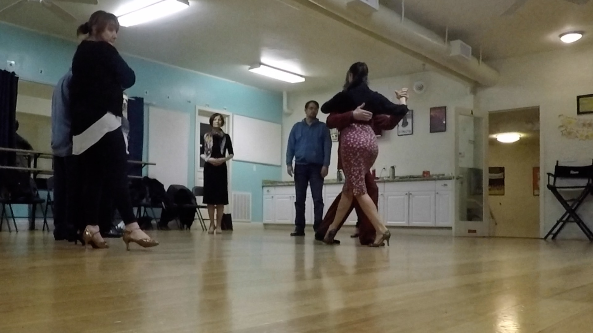 Argentine Tango beginner class with Miranda: Connection with your partner