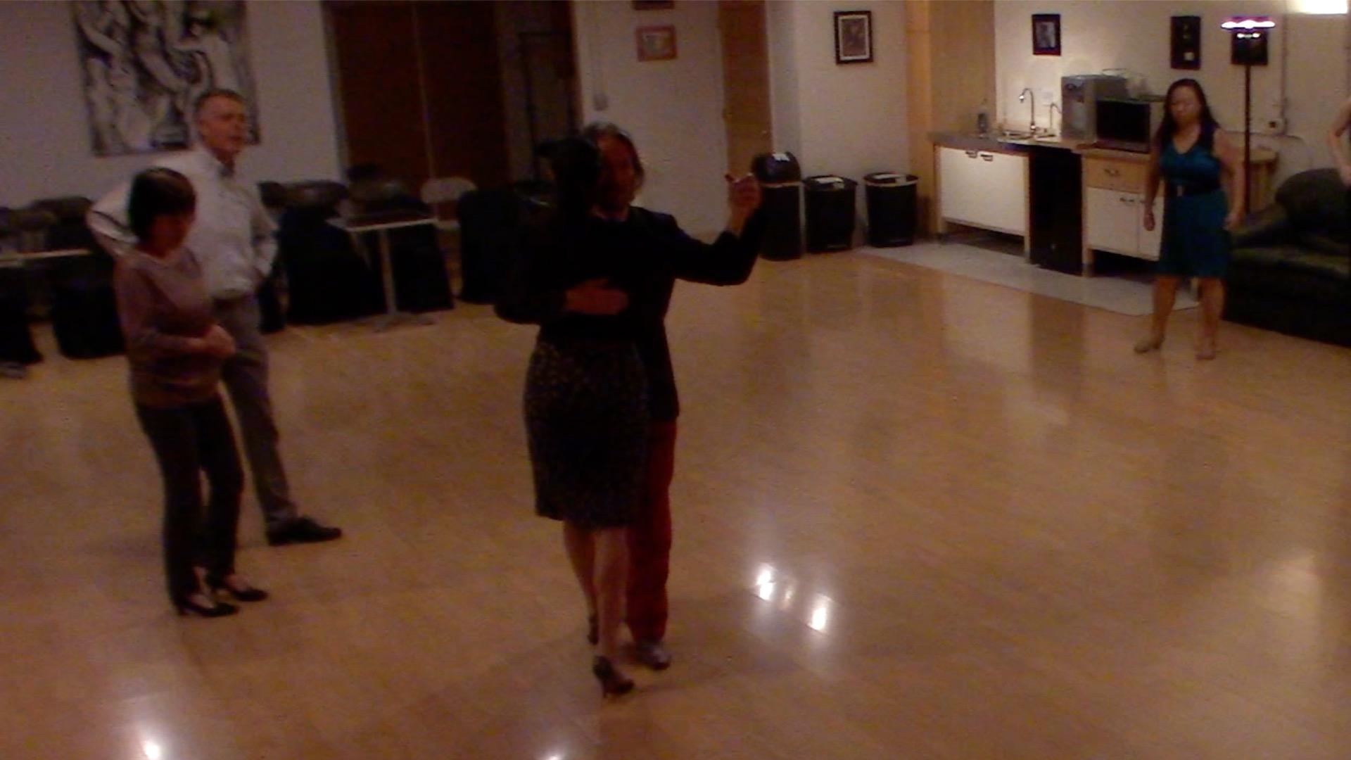 Argentine Tango beginner class with Miranda: walking