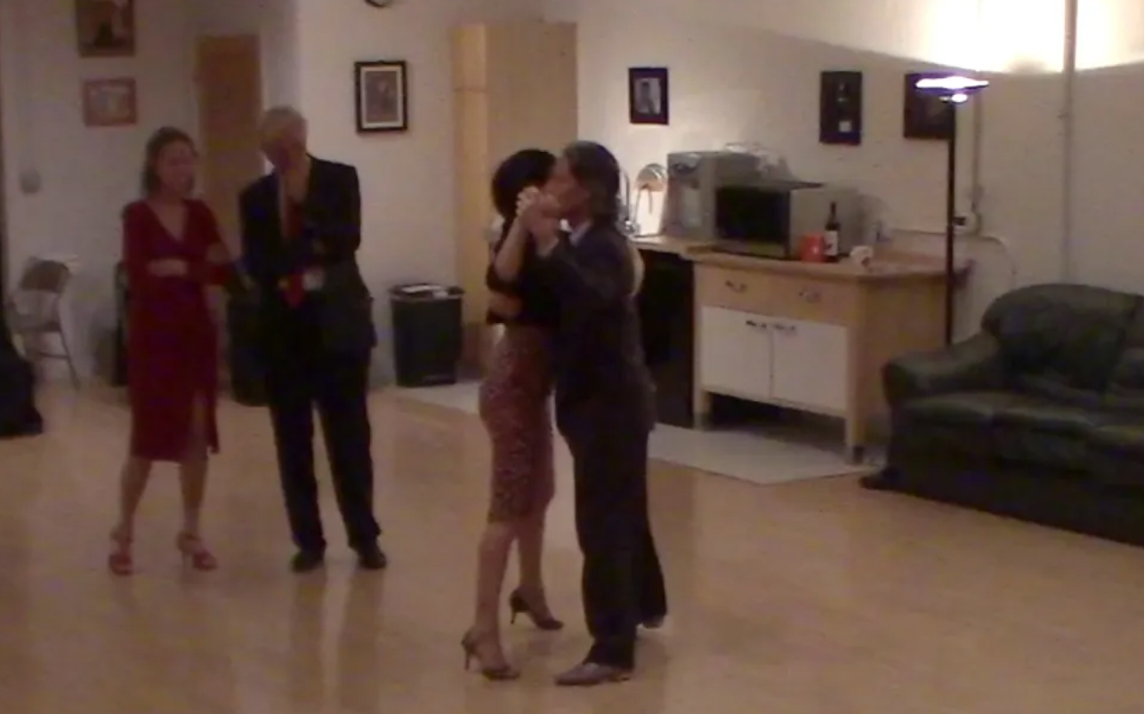 Argentine Tango beginner class with Miranda_ Parallel and crossed systems' walks