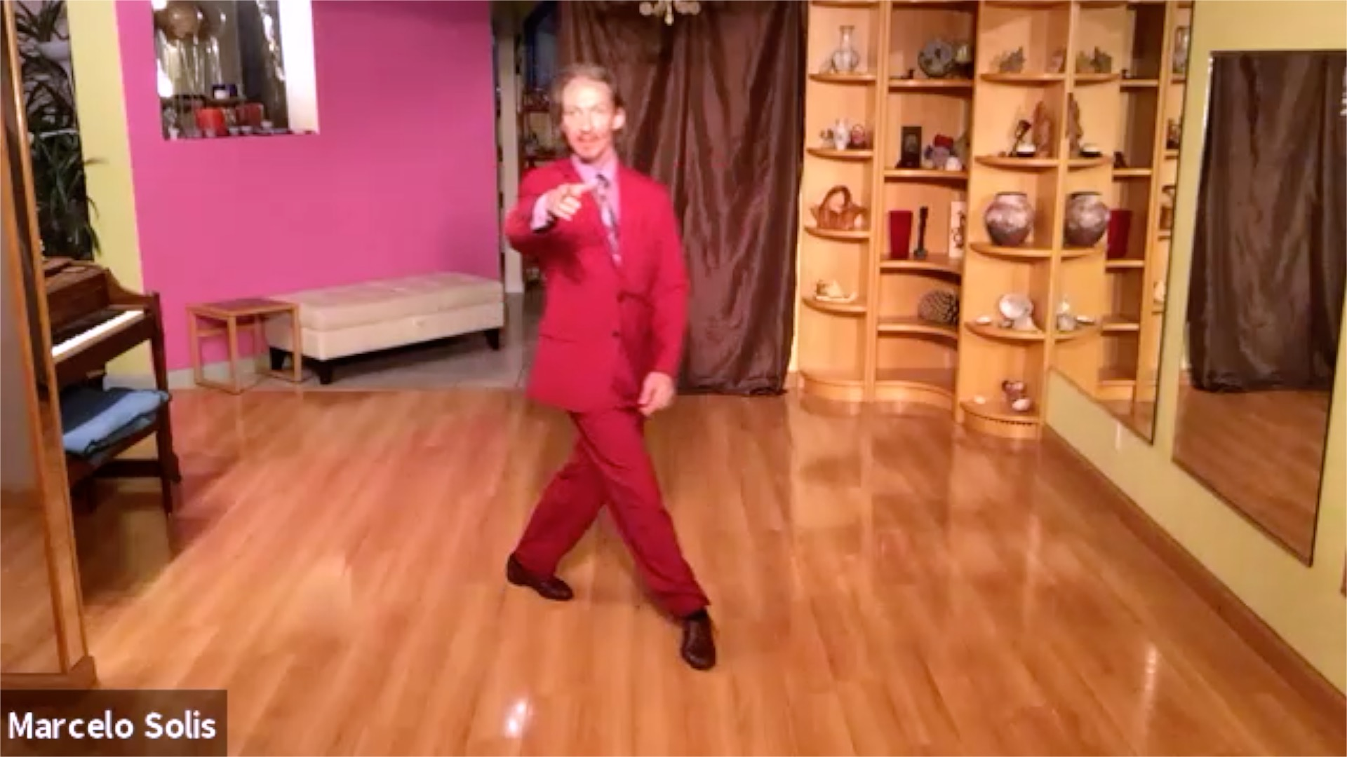 Argentine Tango class: pivots, walking and ochos exercises